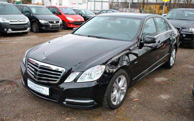 rent a car for wedding chisinau/Moldova - MERS E CLASS black-5